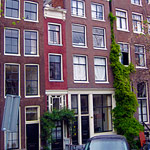 Narrow-House-in-Amsterdam