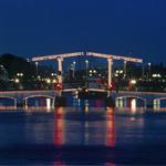 Free things to do in Amsterdam - Skinny bridge