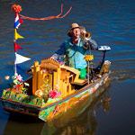 Free things to do in Amsterdam - Muziekboot notendop
